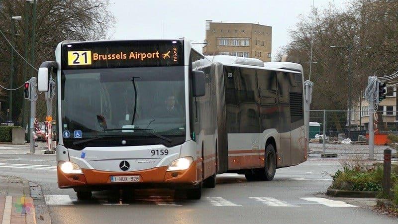 Brüksel Havaalanı Şehir Merkezi Ulaşım araçları otobüs