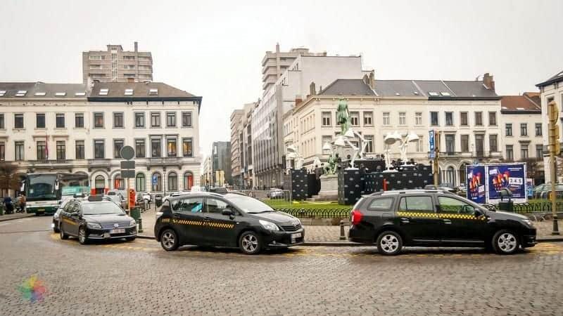 Brüksel Havaalanı Şehir Merkezi Ulaşım araçları taksi