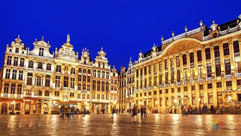 Grand Place hakkında bilgiler Brüksel